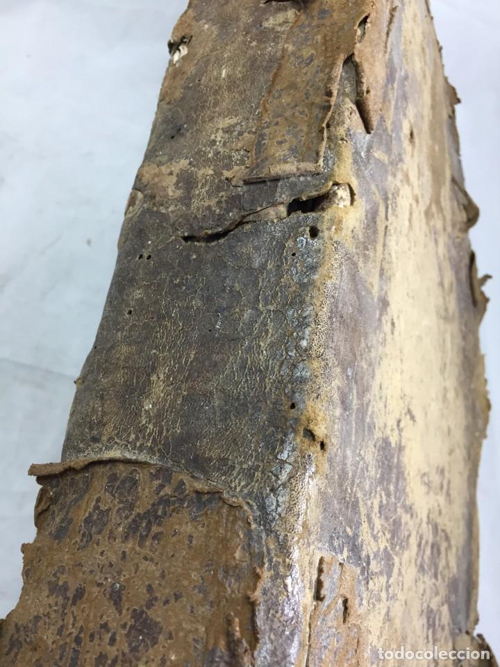Libros antiguos: Antifonario español siglo XVI portadas madera y piel 1596 mas de 300 páginas daños de uso - Foto 4 - 210080728