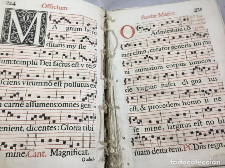 Libros antiguos: Antifonario español siglo XVI portadas madera y piel 1596 mas de 300 páginas daños de uso - Foto 10 - 210080728