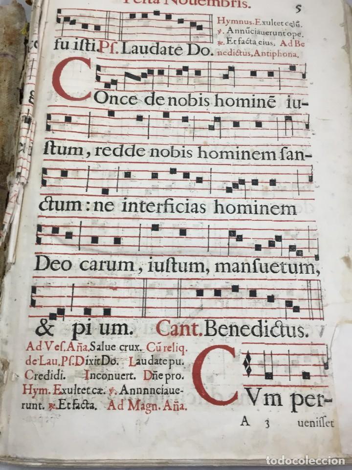 Libros antiguos: Antifonario español siglo XVI portadas madera y piel 1596 mas de 300 páginas daños de uso - Foto 21 - 210080728