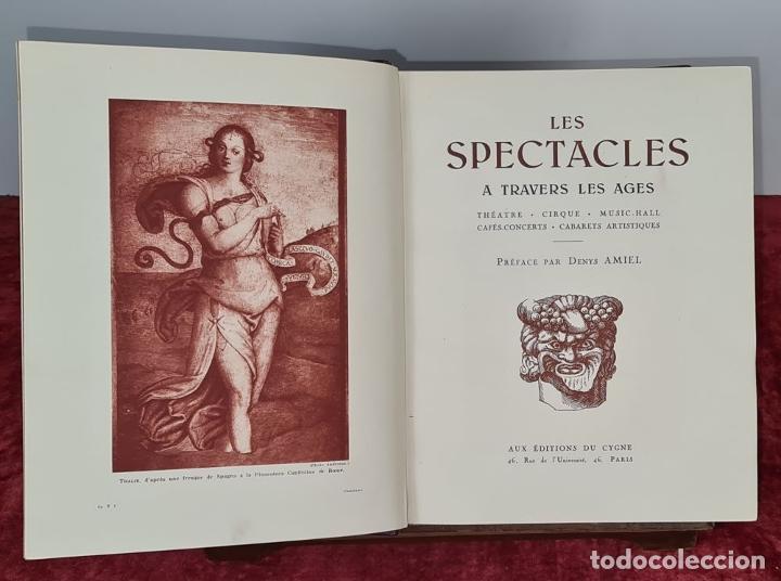Libros antiguos: LES SPECTACLES ET LE CINEMA A TREVERS LES AGES. EDIT. CYGNE. 3 VOL. 1932. - Foto 2 - 213067011