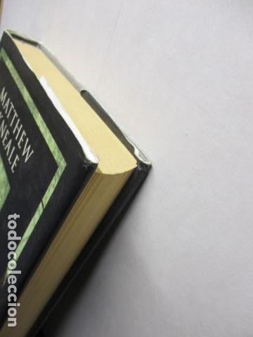 Libros antiguos: PASSATGERS ANGLESOS - LIBRO EN CATALÀ DE MATTHEW KNEALE - EDICIONS 62. - TAPA DURA - Foto 3 - 159675522