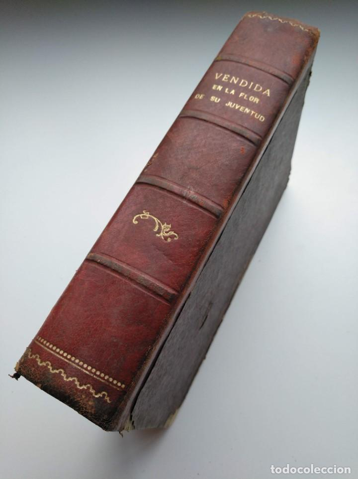 Libros antiguos: VENDIDA EN LA FLOR DE SU JUVENTUD - MARCEL PRIOLLET, ILUSTRACIONES DE GASTÓN PUJOL (COMPLETA) - Foto 2 - 207760457