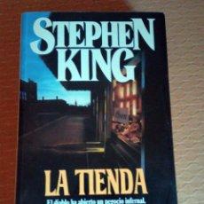 Libros antiguos: LIBRO --- LA TIENDA ( NEEDFUL THINGS ) - DE STEPHEN KING. Lote 105747211
