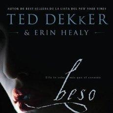 Libros antiguos: BESO / TED DEKKER & ERIN HEALY. Lote 190717977