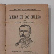 Libros antiguos: LA MARCA DE LOS CUATRO. EL PULGAR DEL INGENIERO. LA BANDA MOTEADA CONAN DOYLE. LA NOVELA ILUSTRADA.. Lote 233732095