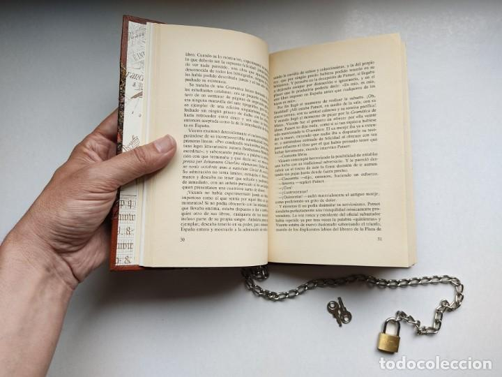 Libros antiguos: ¡¡ Libro encadenado artesanal !! El librero asesino de Barcelona (1991)/ Ramón Miquel i Planas - Foto 15 - 267406179