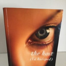 Libros antiguos: STEPHENIE MEYER - THE HOST - LA HUÉSPED #69. Lote 168688988
