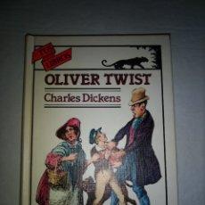 Libros antiguos: TUS LIBROS - ANAYA OLIVER TWIST - CHARLES DICKENS - PRIMERA EDICION 1990. Lote 178907330