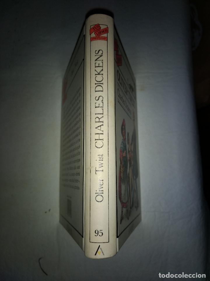 Libros antiguos: TUS LIBROS - ANAYA OLIVER TWIST - CHARLES DICKENS - PRIMERA EDICION 1990 - Foto 2 - 178907330