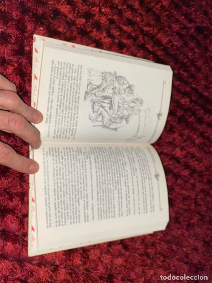 Libros antiguos: STEVENSON: LA FLECHA NEGRA, (ANAYA, TUS LIBROS, 104, 1ª, 1991). - Foto 9 - 225391595