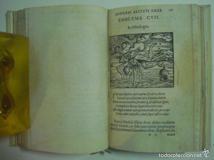 Libros antiguos: MAGNÍFICA EDICIÓN RENACENTISTA EMBLEMATA ANDREAE ALCIATI.1567. 195 GRABADOS - Foto 7 - 57989939