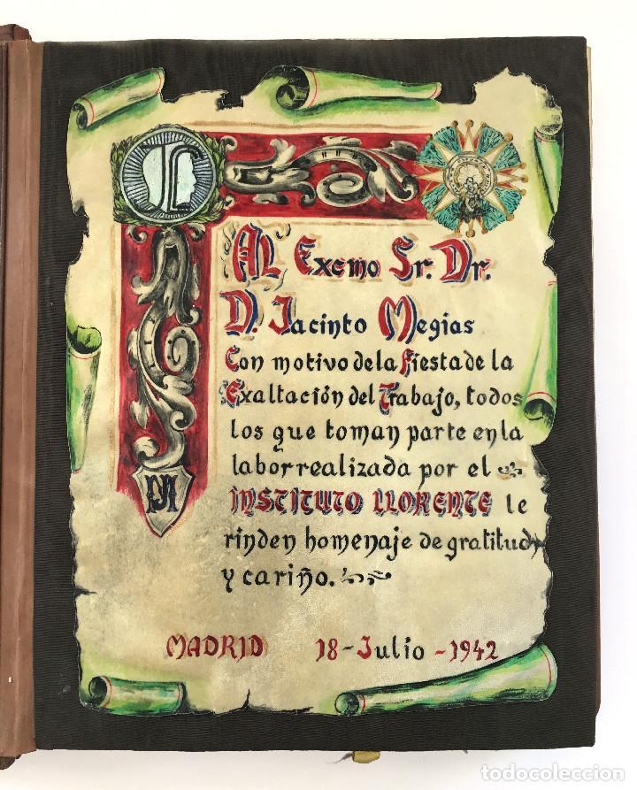 Libros antiguos: ANUARIO INSTITUTO LLORENTE. ARTE ORIGINAL 1942 CIENCIAS JACINTO MEGIAS CUERO POLICROMIA CANTO DORADO - Foto 3 - 81962932