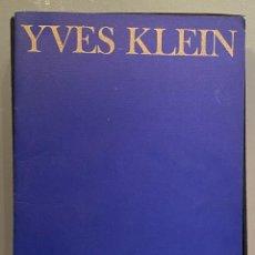 Libros antiguos: YVES KLEIN. LE MONOCHROME. Lote 221558583
