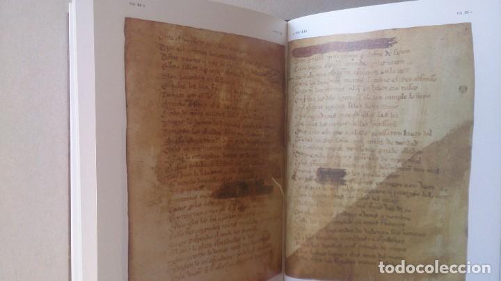 Libros antiguos: Poemas de mio cid 2 tomos ( facsímil) ayuntamiento de Burgos - Foto 6 - 194865905