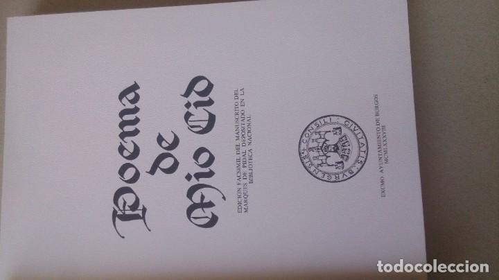 Libros antiguos: Poemas de mio cid 2 tomos ( facsímil) ayuntamiento de Burgos - Foto 10 - 194865905