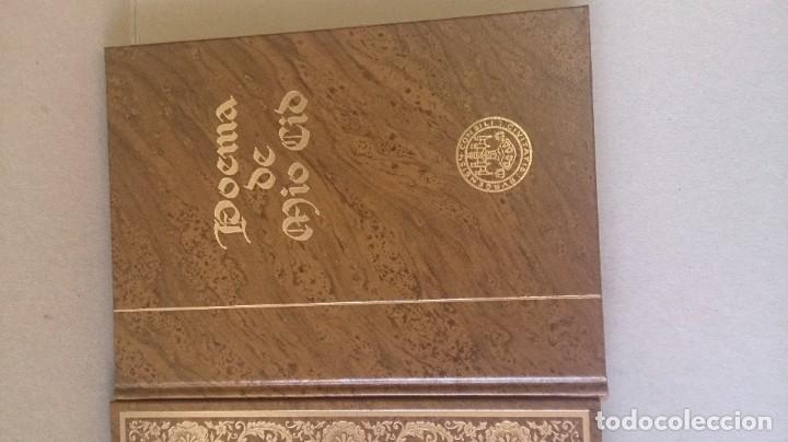 Libros antiguos: Poemas de mio cid 2 tomos ( facsímil) ayuntamiento de Burgos - Foto 13 - 194865905