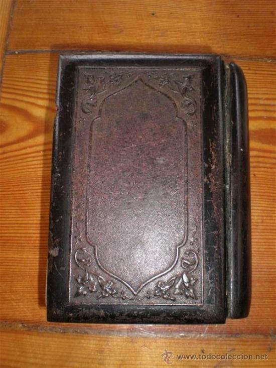 Libros antiguos: misa antiguo de pasta tallada una virgen con el niño - Foto 3 - 23040205