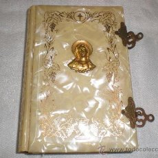 Libros antiguos: MISAL PASTA DE NACAR. Lote 27457833