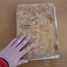 Libros antiguos: LIBRO RELIGIOSO DE S.XVIII DE TAPAS DE PERGAMINO.. Lote 57776957