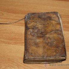 Libros antiguos: ANTIGUO LIBRO DE TAPAS DE PERGAMINO EN CATALAN DE INDULGENCIAS. S.XVIII - XIX. Lote 31658321