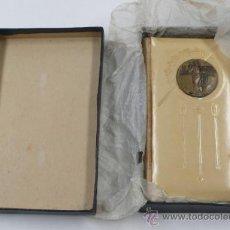 Libros antiguos: MISAL EN CAJA, LA LLAVE DEL PARAÍSO, 1920. BARCELONA. 7,5X12,5 CM.. Lote 34748498