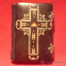 Libros antiguos: DEVOCIONARIO CATOLICO DE 1882. Lote 41215546