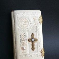 Libros antiguos: NOVÍSIMO DIAMANTE DIVINO 1906, WINTERBERG. SURSUM CORDA. CIERRES DE METAL. Lote 48265675