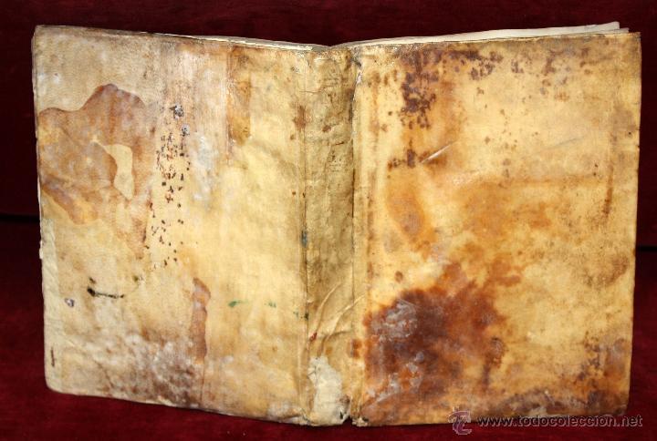 Libros antiguos: LOTE DE 6 LIBROS ANTIGUOS DEL SIGLO XVIII, 5 DE ELLOS EN PERGAMINO - Foto 2 - 55354501
