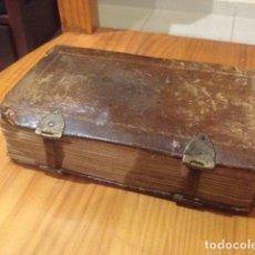 Libros antiguos: LIBRO OFICIO DE LA SEMANA SANTA SEGÚN EL MISAL Y BREVIARIO ROMANOS EDITADO EN 1792. Lote 68417609