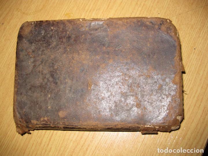 Libros antiguos: libro adoracion del santisimo sacramento o exercicio del voto . 1822 madrid calle carretas - Foto 2 - 79673577