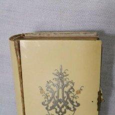 Livros antigos: DEVOCIONARIO EN FRANCÉS , LIBRILLO DE PASTA DE MARFIL CON CIERRE DE BRONCE. Lote 104025419