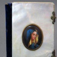 Libros antiguos: MISAL EN NACAR Y MINIATURA VIRGEN EN PORCELANA DEVOCIONARIO ROMANO MADRID 1871. Lote 133188718