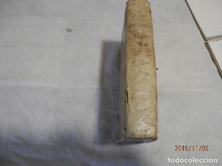 Libros antiguos: libro en pergamino siglo XVIII - Foto 3 - 139171722
