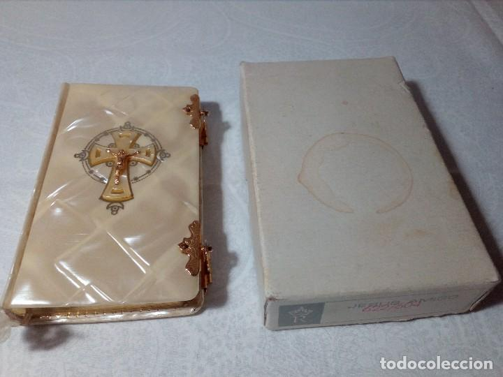 Libros antiguos: DEVOCIONARIO PARA NIÑOS Y NIÑAS SÍMIL DE NÁCAR DE 1965 POR P. LUIS RIBERA. - Foto 13 - 148707310