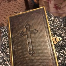 Libros antiguos: EL IRIS DEL CRISTIANO 1878 CON CIERRE METALICO. Lote 150294604