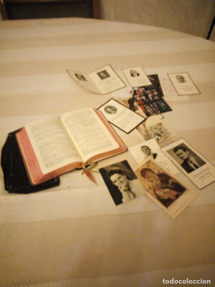 Libros antiguos: petit missel quotidien 1951,con estampas incluidas y esquelas,frances. - Foto 4 - 151883618