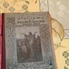 Libros antiguos: ANTIGUO LIBRO CATECISMO DE LA DOCTRINA CRISTIANA POR SU SANTIDAD EL PAPA PÍO X AÑO 1939. Lote 159307390