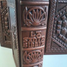 Libros antiguos: LA SANTA BIBLIA - EDICIONES PAULINAS - 1976 - NUEVO. Lote 160785710