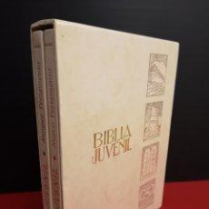 Libros antiguos: ANTIGUA BIBLIA JUVENIL ANTIGUO Y NUEVO TESTAMENTO DOS TOMOS EN ESTUCHE. GIRABAL ED. MONAR. Lote 175465935