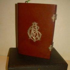 Libros antiguos: EUCOLOGIO ROMANO CON SU CAJA ORIGINAL. TAPAS DE PIEL Y ANAGRAMA DE PLATA..SIGLO XIX.. Lote 177934552
