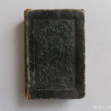 Libros antiguos: LIBRERIA GHOTICA. NOVÍSIMO AÑO CRISTIANO CON ENCUADERNACIÓN ISABELINA EN PIEL. 1851.GRABADOS.. Lote 189209708