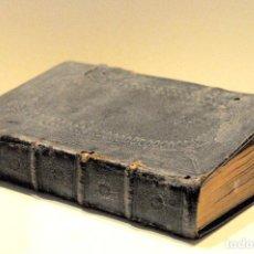 Libros antiguos: ANTIGUO LIBRO EN PIEL - OFFICIUM MISSSALIS (AÑO 1728). Lote 202875022