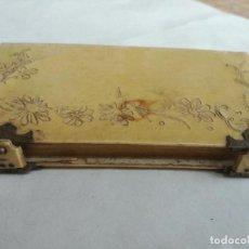 Libros antiguos: ANTIGUO DEVOCIONARIO PEQUEÑO MISAL MODERNISTA. LLAVE DEL PARAISO 1907 - TAPAS EN CELULOIDE. Lote 214525500