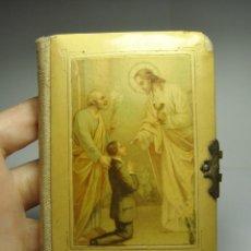 Libros antiguos: LIBRO DE COMUNIÓN. CON GRABADOS. FILOS DE ORO.. Lote 223968413
