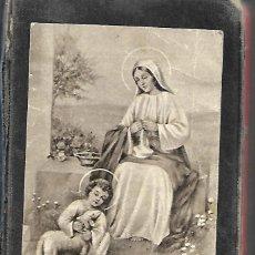 Libros antiguos: ANTIGUO LIBRO MISALITO REGINA 1958. Lote 252047330