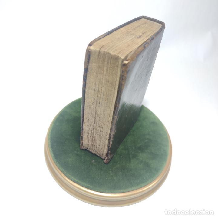 Libros antiguos: Antigua obra religiosa sobre la semana santa. Siglo XVIII. Grabados. 511 páginas. - Foto 12 - 253894015