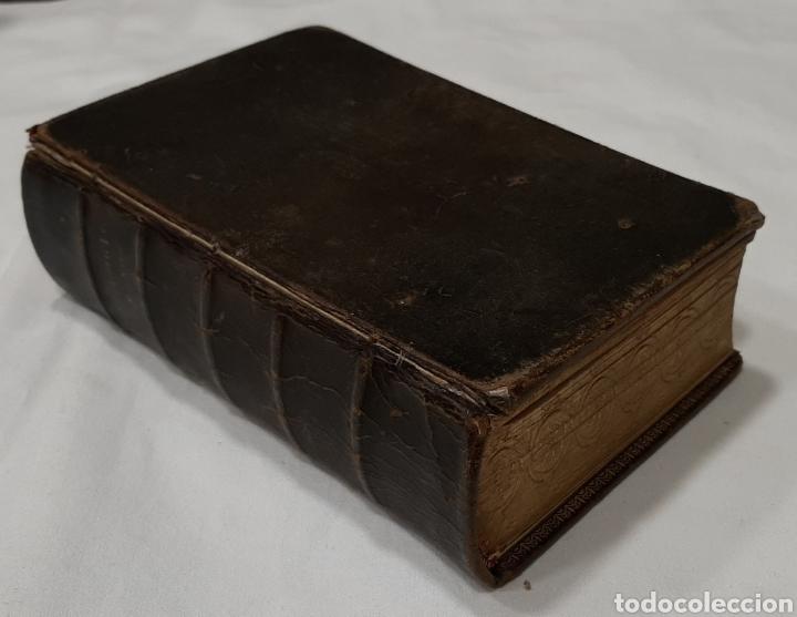 NUEVO EUCOLOGIO ROMANO POR ANTONIO ROMERO MOLINERO. (Libros Antiguos, Raros y Curiosos - Religión)