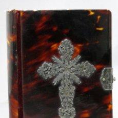 Libros antiguos: MISAL CONJUNTO DE EJERCICIOS Y OFICIOS CON TAPAS EN CAREY CRUZ Y CIERRE EN PLATA BARCELONA 1862. Lote 262723600