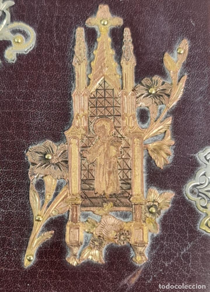 Libros antiguos: Oficios divinos para los domingos. Lavalle. SXIX. Metal calado plateado y dorado.. - Foto 5 - 270130858