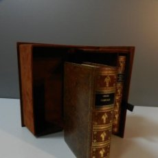 Libros antiguos: FACSIMIL LIBRO HORAS VIRGEN TEJEDORA - EDITORIAL MILLENNIUN LIBER - INCLUYE LIBRO ESTUDIOS -. Lote 292086108